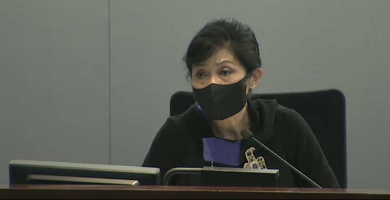 Lawmaker Claudia Mo in LegCo calling the government's plans for noise abatement elitist